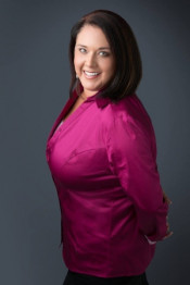 nicole ray, real estate agent serving real estate in temecula ca