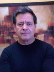 Manuel Vizcarra Photo