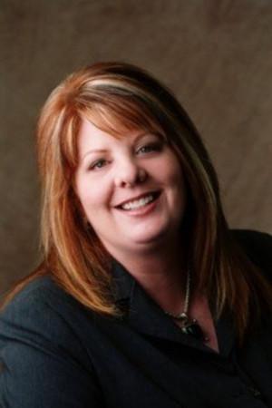 Michelle Dowell Realtor Serving Real Estate In Burnsville Mn